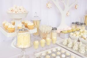 blog minha filha vai casar mesa de doces inverno winter wonderland dessert table ruby ju via amy atlas 2